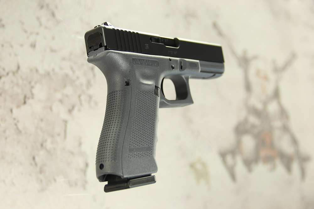 GLOCK G17 GEN4 Black Slide Gray Frame 9mm FIXED SIGHTS (3) 17rd Mags ...